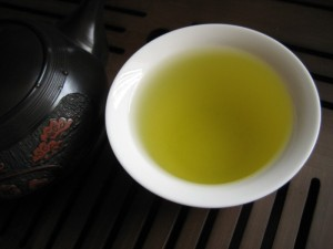 top-leaf-green-tea-cup-01