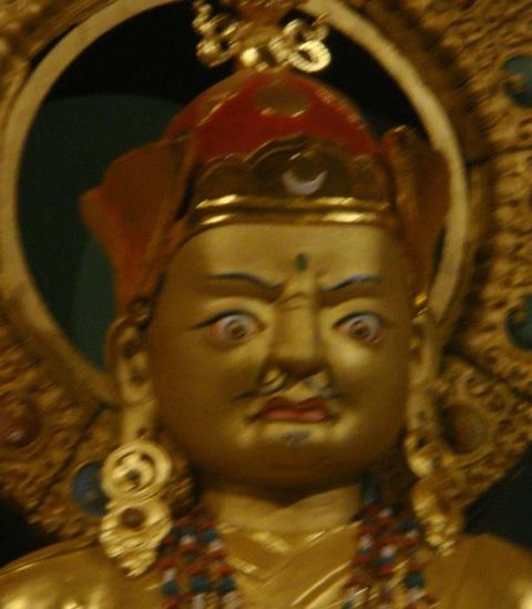 guru_rinpoche_face1